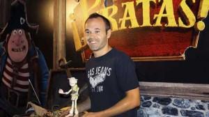 Andrés Iniesta pone voz a uno de los personajes de ¡Piratas!