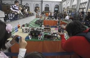 Exposición de trenes con Lego