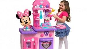 La cocinita de Minnie Just Play
